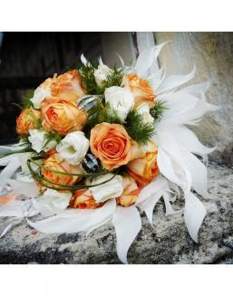 Bouquet of 25 roses: carrot and white | 25 flowers flowers