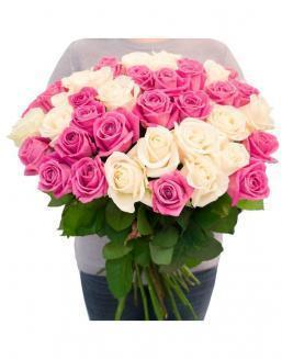 Bouquet of roses: white and pink | White flowers flowers