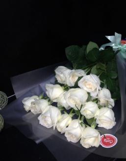 Bouquet of 15 white Dutch roses | 15 flowers flowers