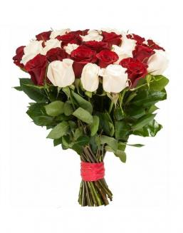Bouquet of 33 red and white roses mixed | Flowers to girlfriend flowers